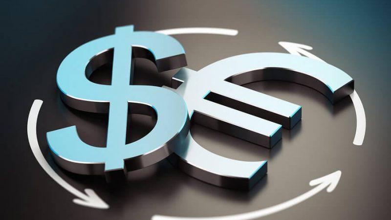 Прогноз EUR / USD: доллар делает ставку на красное